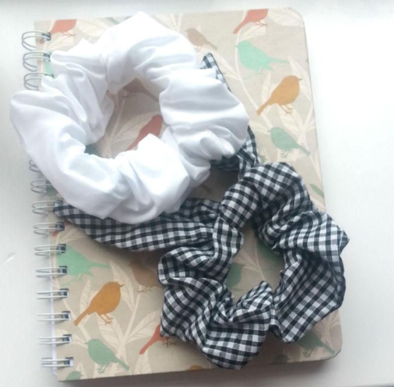 DIY Scrunchie & Bunny Ear Tutorial | live.thrift.sew
